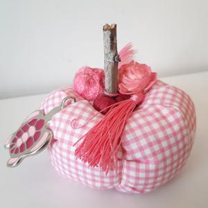 Γούρι ροζ κολοκύθα