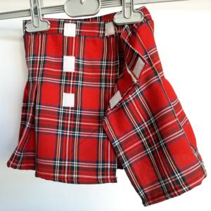 Καρό κόκκινη φούστα